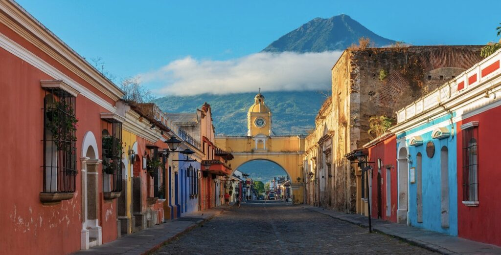 Antigua Guatemala Oldtimer Grand Tour